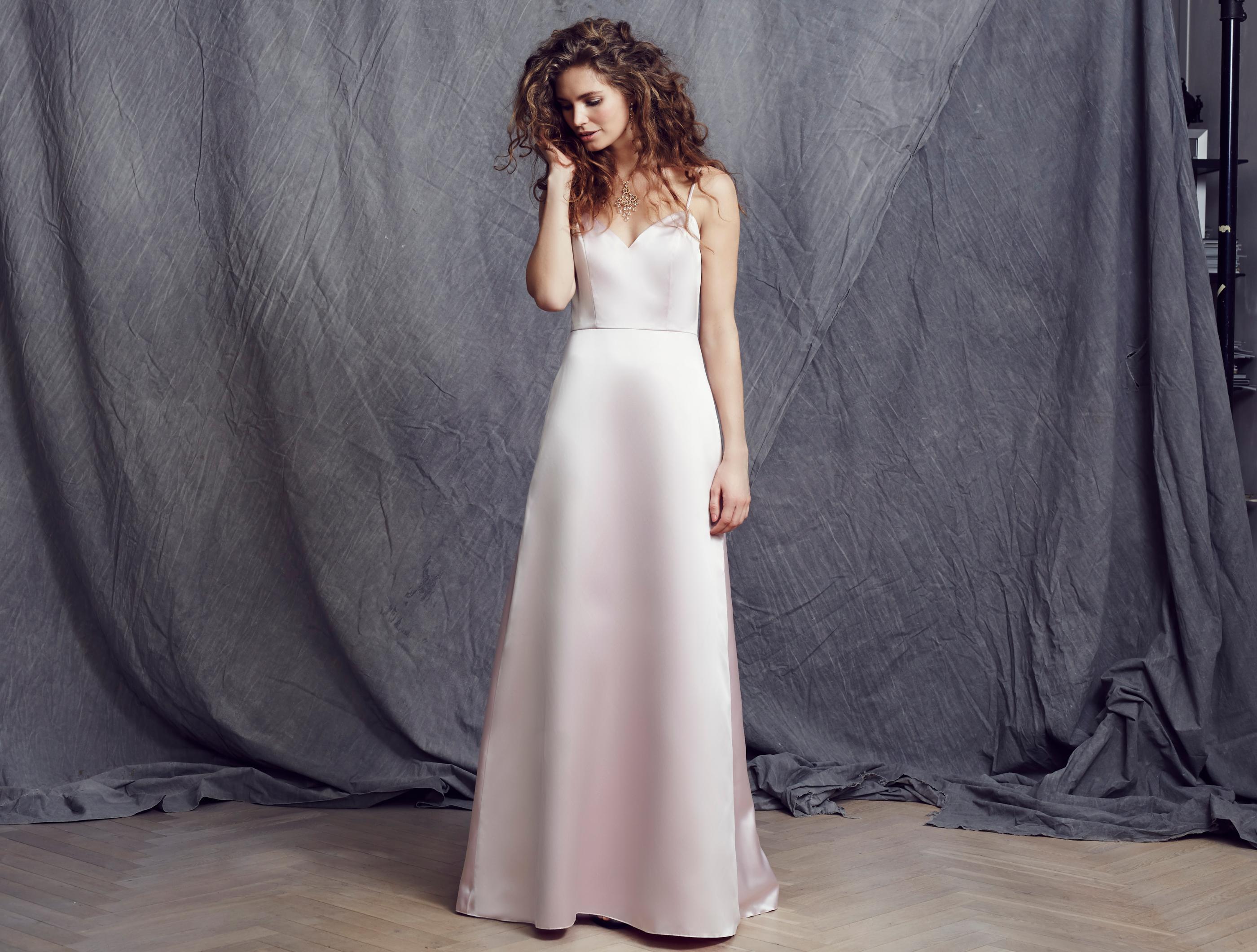LILLY Brautkleider, Abendmode, Bräutigammode und Kommunionmode - Rosa